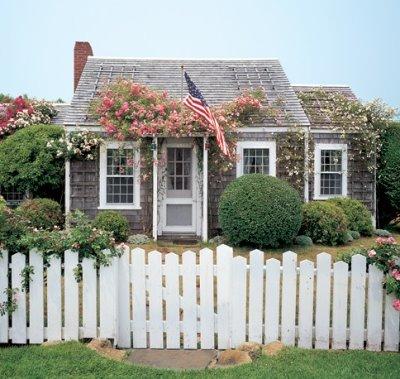 Nantucket style quintessence for Nantucket home designs