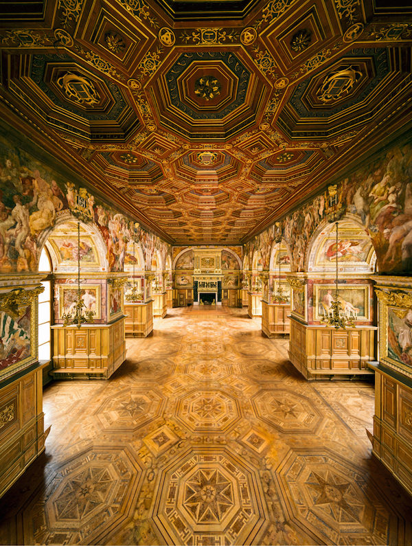 A Day at Château de Fontainebleau Ballroom