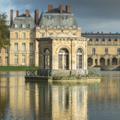 A Day at Château de Fontainebleau - the pond pavilion