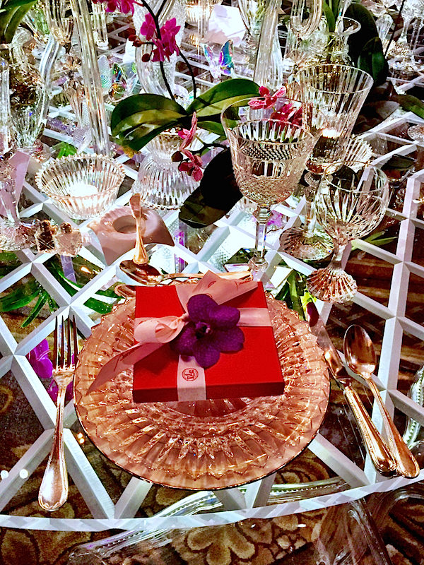 Baccarat Botanical Garden Orchid Dinner table