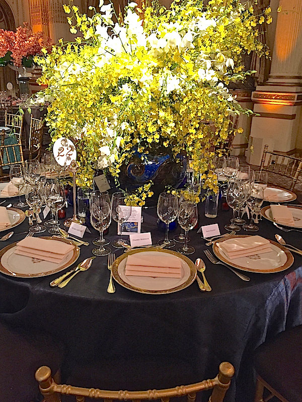 Carlos Aparicio 2016 Orchid Dinner table