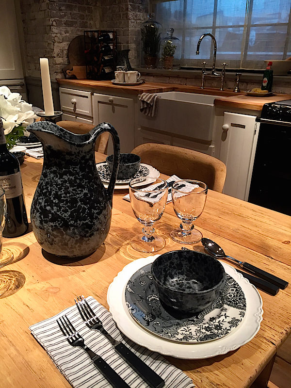 Ralph Lauren Home black and white tabletop