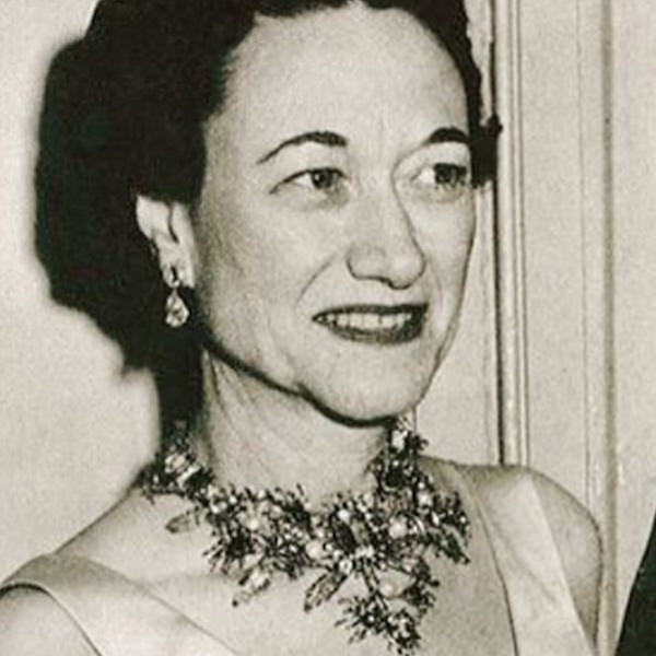 Duchess of Windsor Tony Duquette Floral Wreath necklace