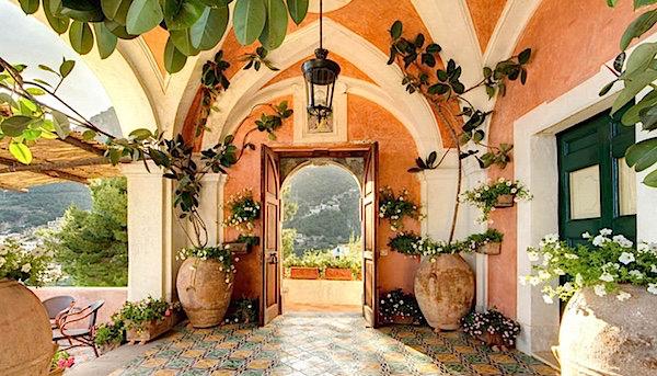 Excellence Villas - Entry at Villa Andres Positano
