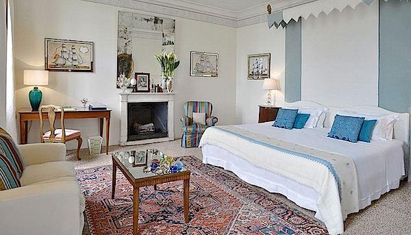 Master bedroom at Brosato at Palazzo Ca'Nova Venice-1