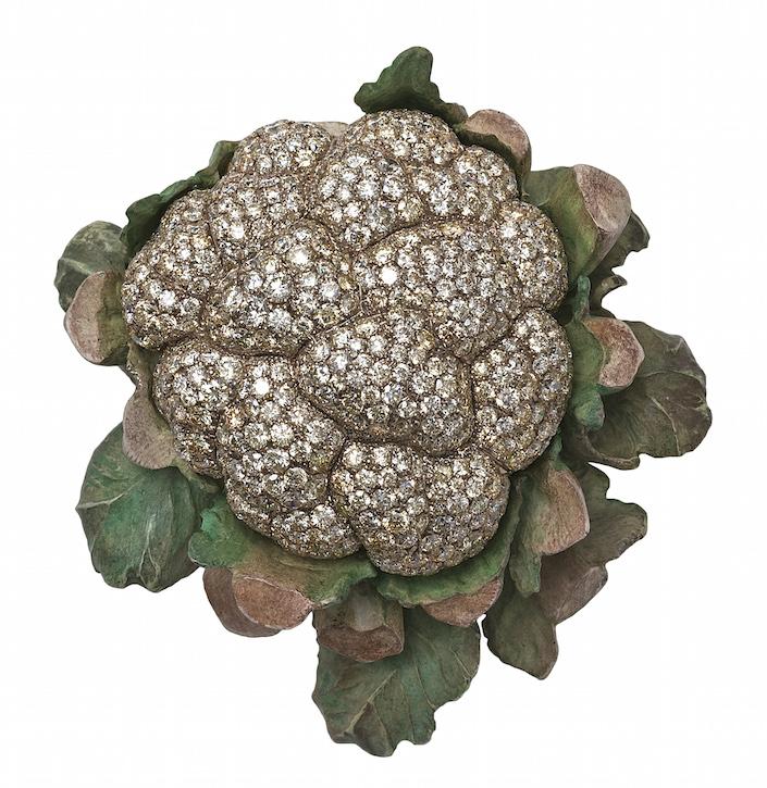 Hemmerle Cauliflower brooch in Jeweler by Stellene Volandes