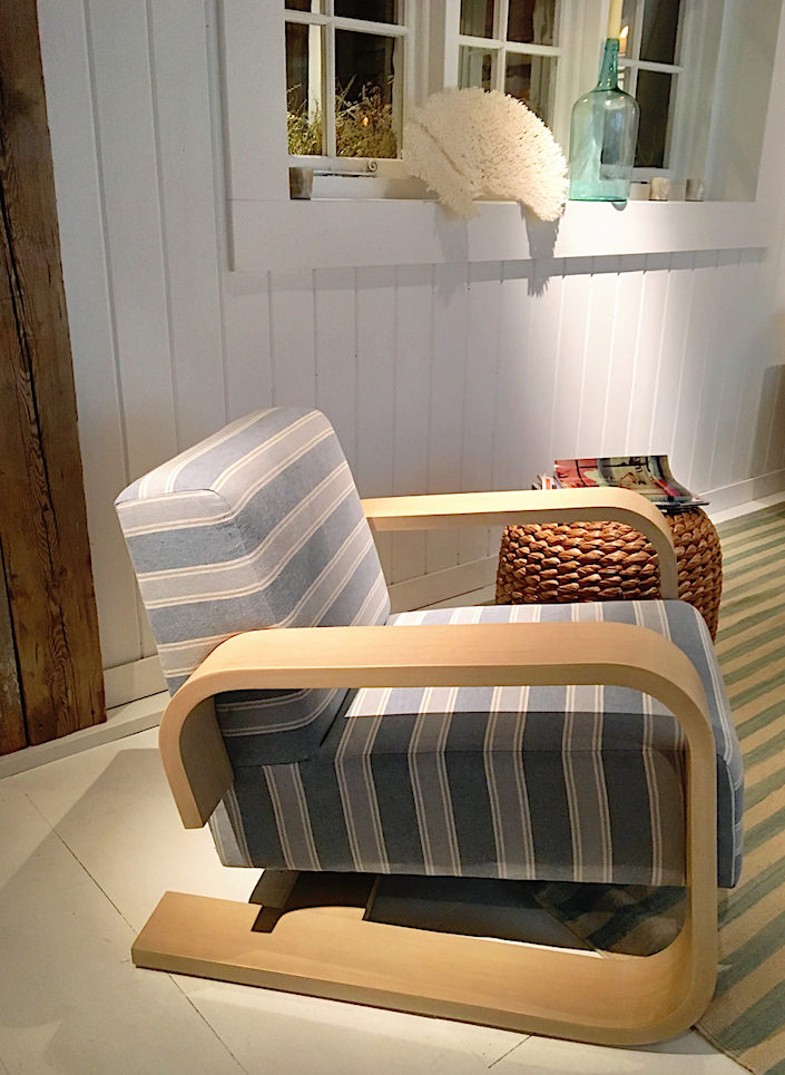 ralph-lauren-home-spring-2017-cantlievered-lounge-chair