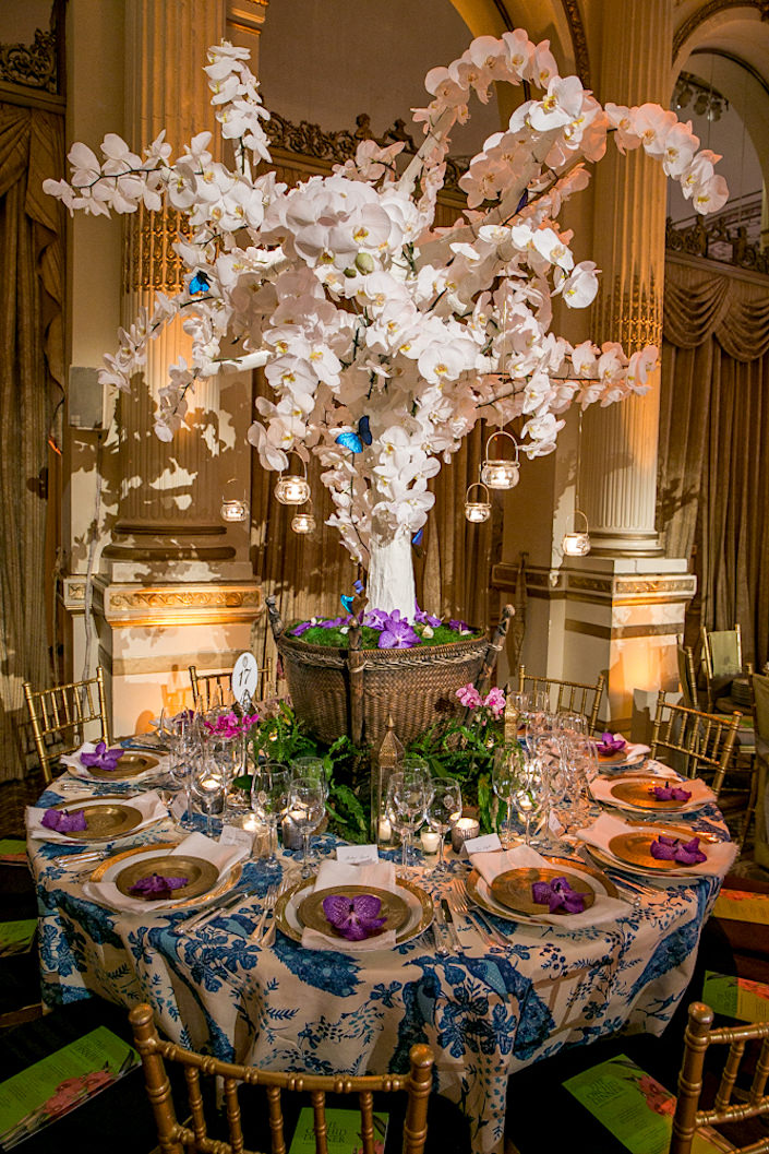 Brockschmidt and Coleman Orchid Dinner 2017 table