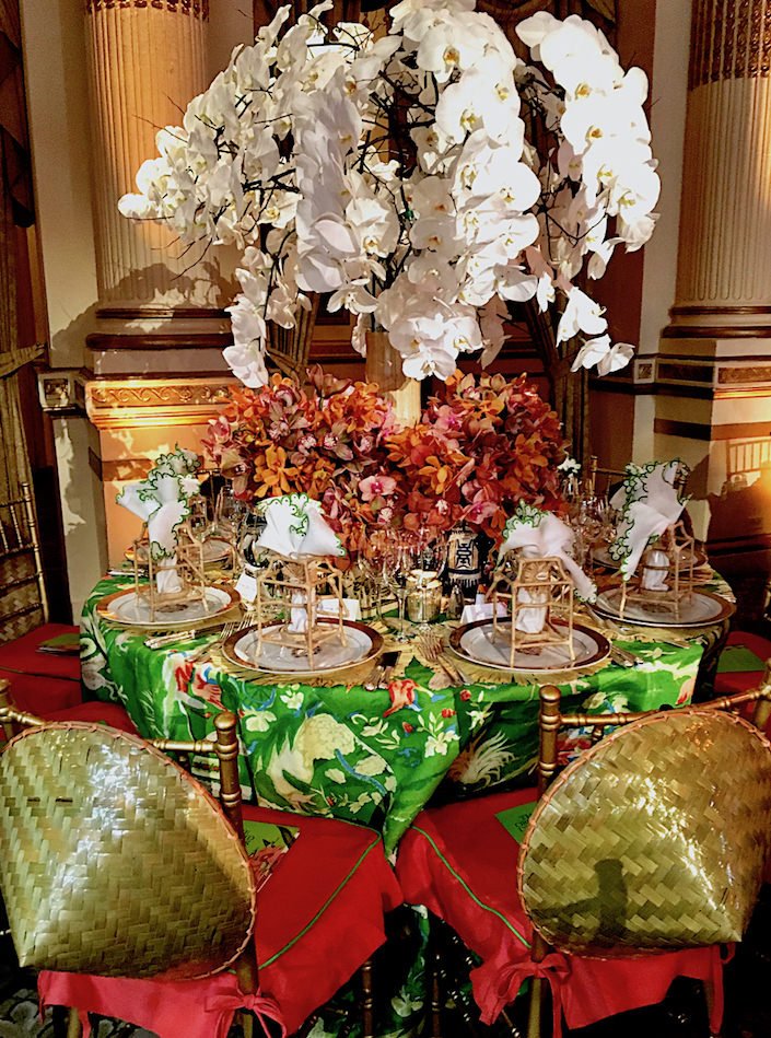 Robin Henry Orchid Dinner table