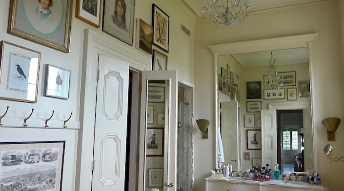 Sara Ruffin Costello bathroom
