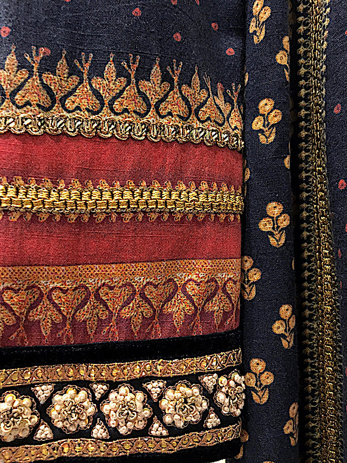 Tarun Tahiliani jacket detail