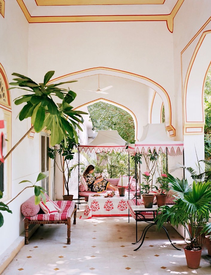 Marie-Anne Oudejans Jaipur hote apartment, photo Francois Halard in AD