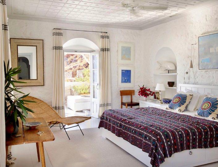 Tino Zervudachi bedroom, photo Simon Upton for AD