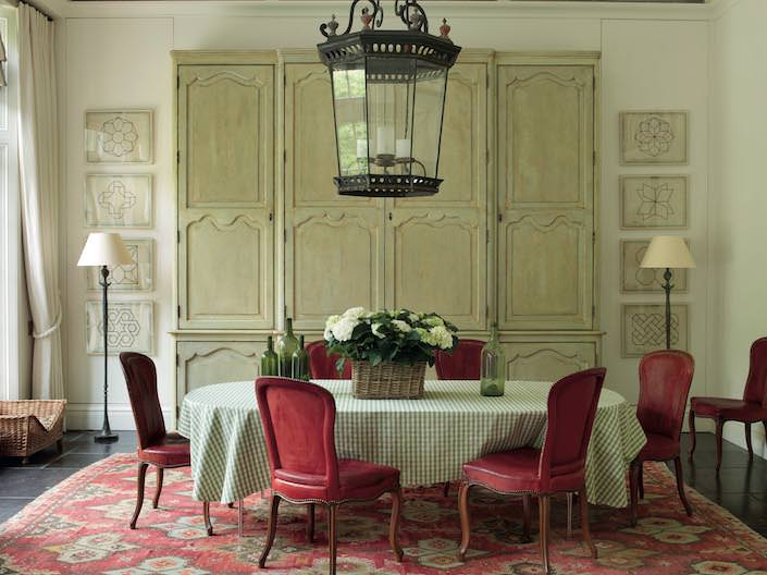 dining room by Paolo Moschino & Philip Vergeylen
