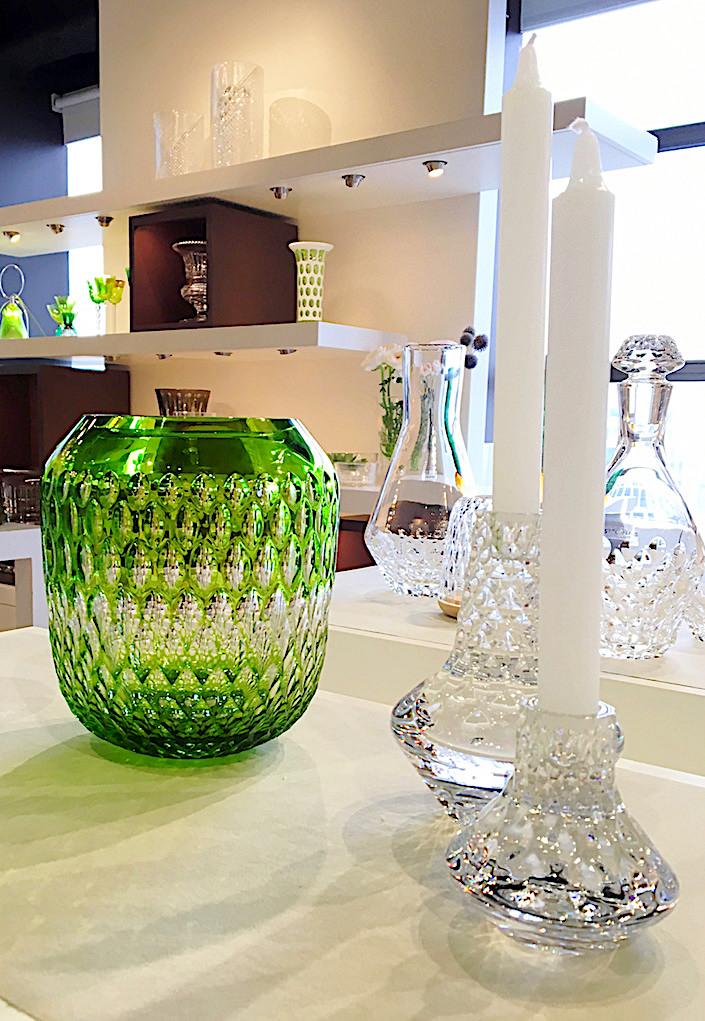 St Louis Folia vase and candlesticks
