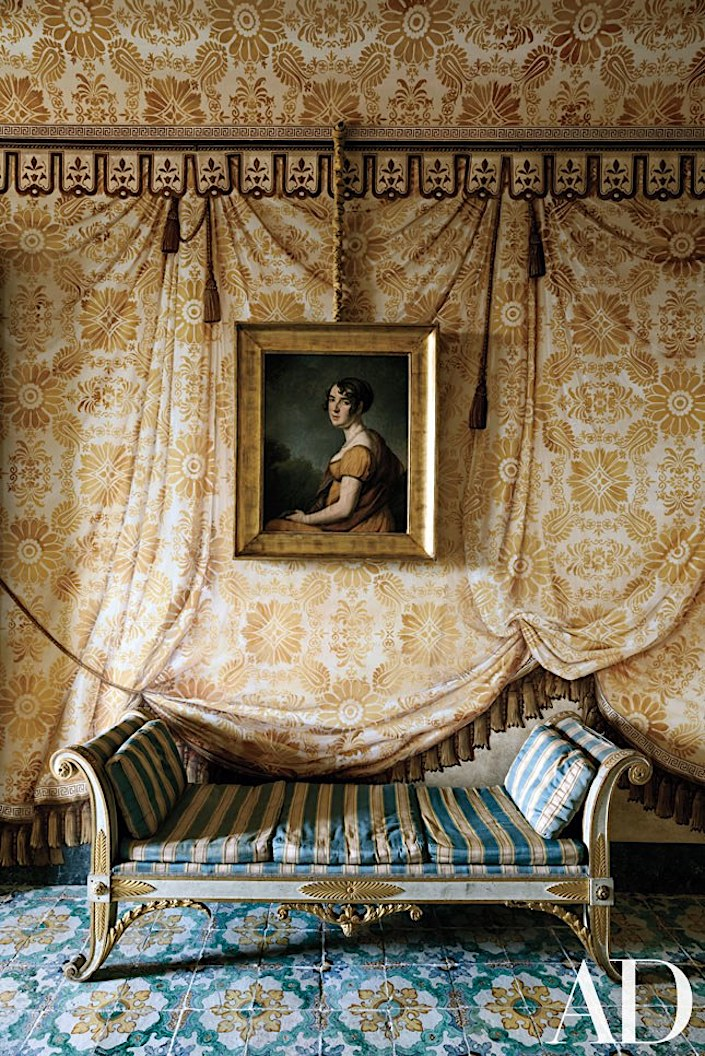 tented bedroom trompe l'oeil in Palazzo di Lorenzo Castelluccio, photo by Armando Rotoletti for AD