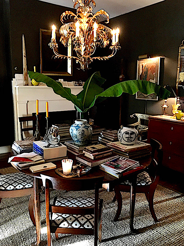 Antiques dealer John Pope apartment in Charleston
