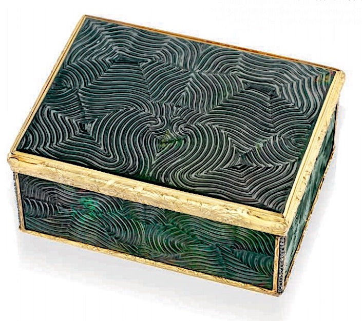 German bloodstone snuff box at Christies-1