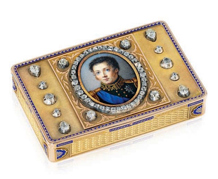 presentation snuff box at Opulence Sale at Christies London-1