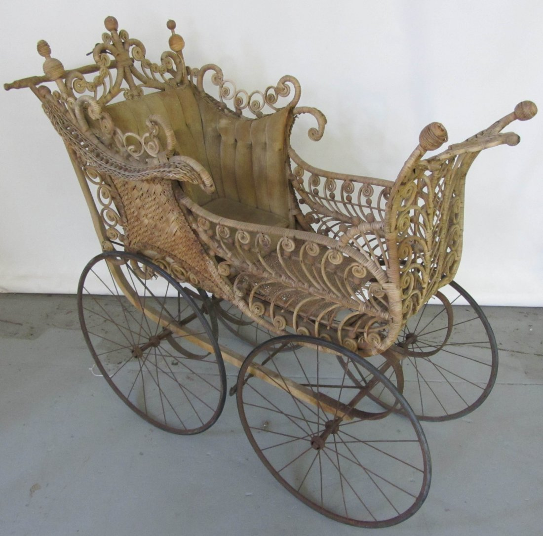 Haywood Wakefield baby carriage