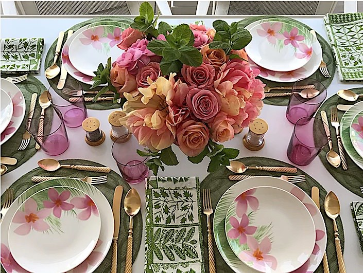 In Full Bloom tablesetting on Everyday-elegance.com-1