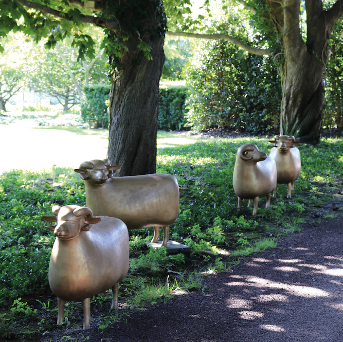 Lalanne sheep in the garden of Peter Marino