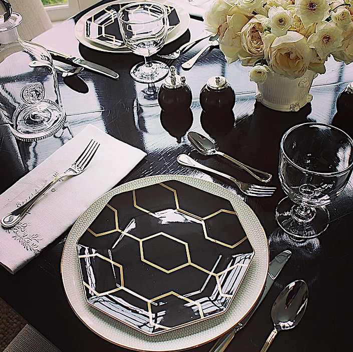 Setting the table with Alex Papachristidis - Dinner at the Game table on everyday-elegance.com-1