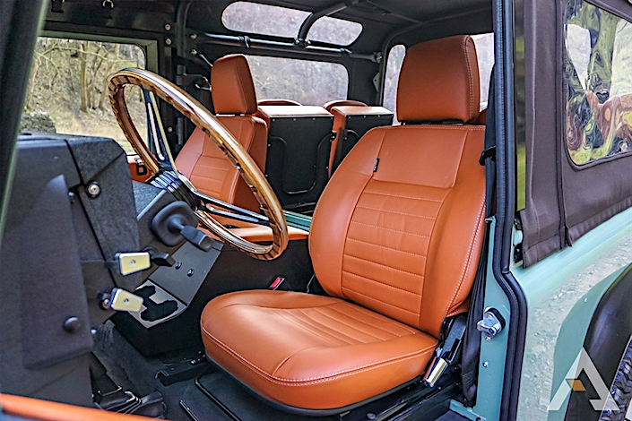Arkonik Canyon Edition Land Rover Defender interior