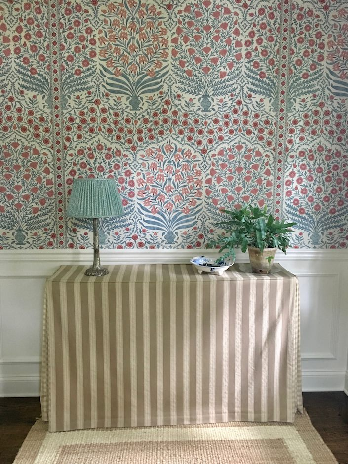 Oscar de la Renta for Lee Jofa Sameera wallpaper via Quintessence-1