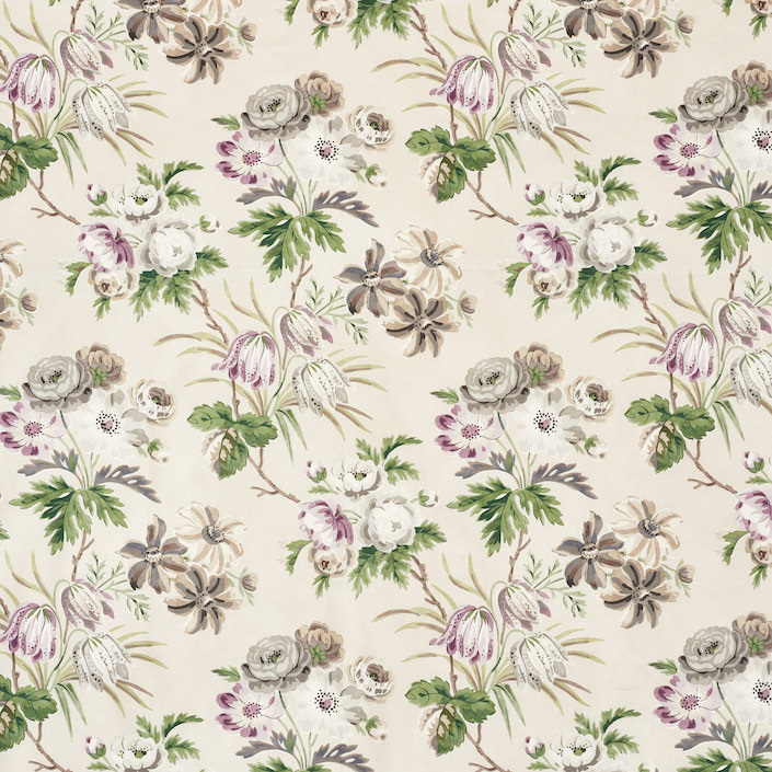 Schumacher Vogue living Cecil in wisteria