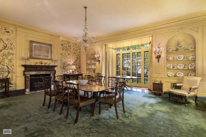 Dining room in Rockefeller NYC townhouse