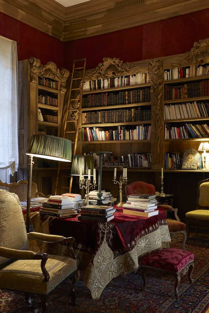 Haute Bohemians Achkar Librairie by Miguel Flores-Vianna