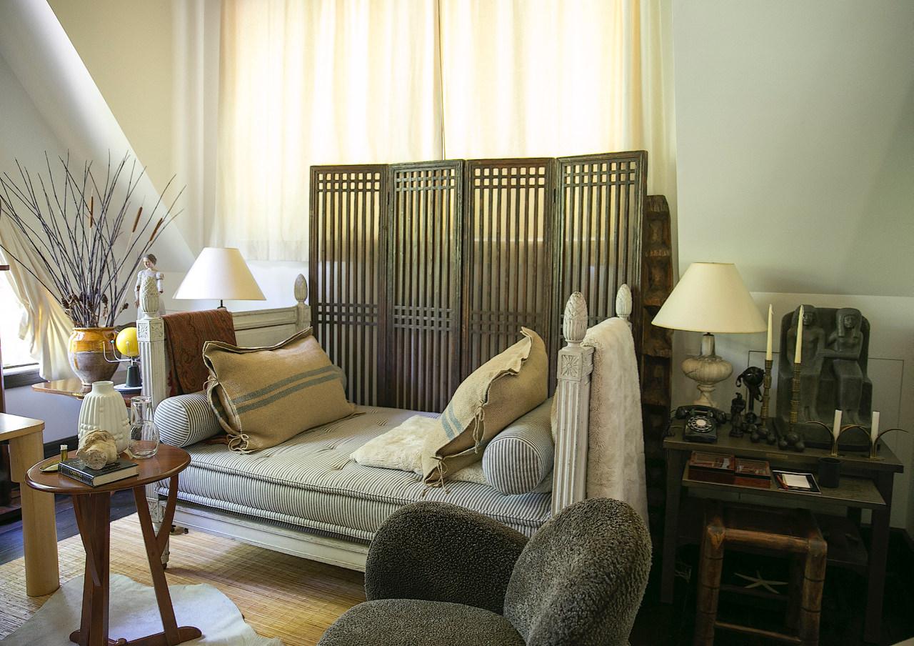 Juan Montoya studio:guest house