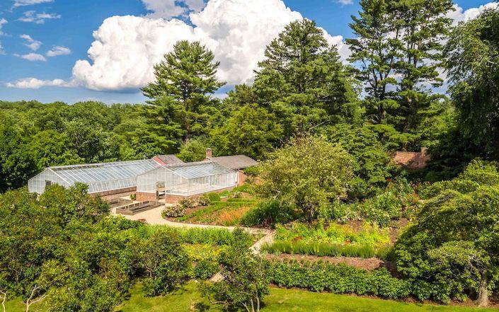 Rockefeller Hudson Pines greenhouses