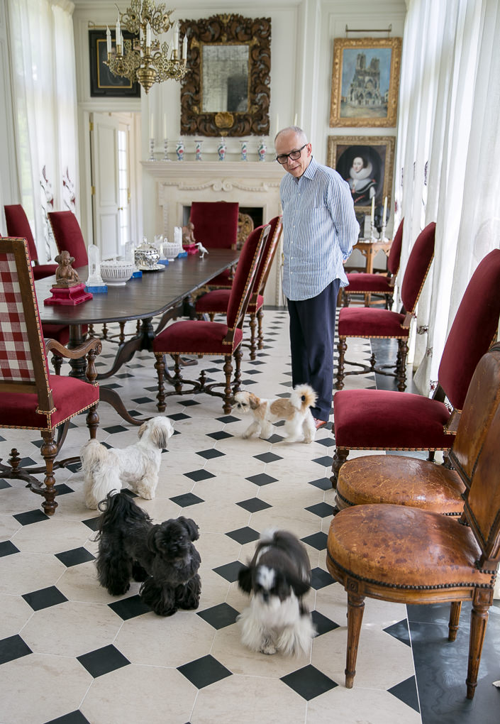 Robert Couturier in At Home with Dogs and Their Designers