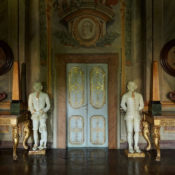 Roman house in Renzo Mongiardino book, photo by Guido Taroni
