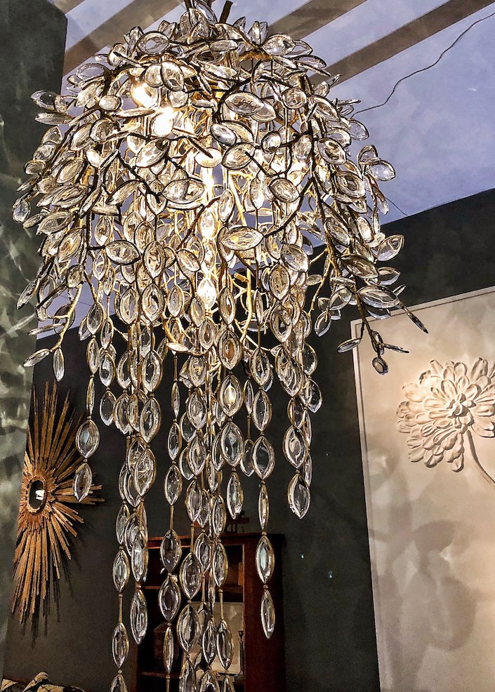 Thomas Pheasant Willow chandelier at Maison Gerard