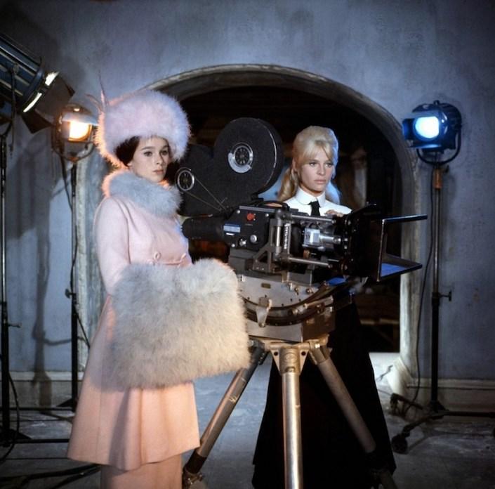 Geraldine Chaplin andd Julie Christie in Doctor Zhivago