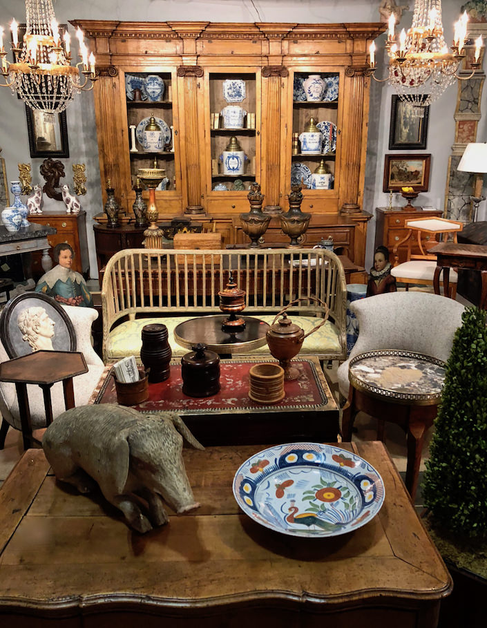 Caroline Faison Antiques at the 2018 Antiques & Garden Show Nashville
