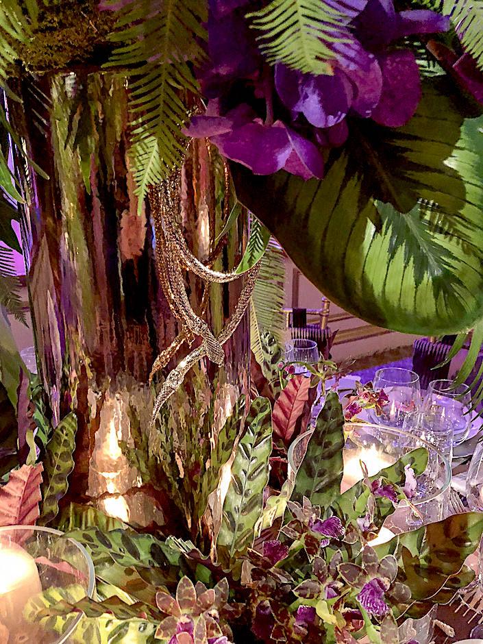 necklace at Colette van den Thillart Orchid Dinner table