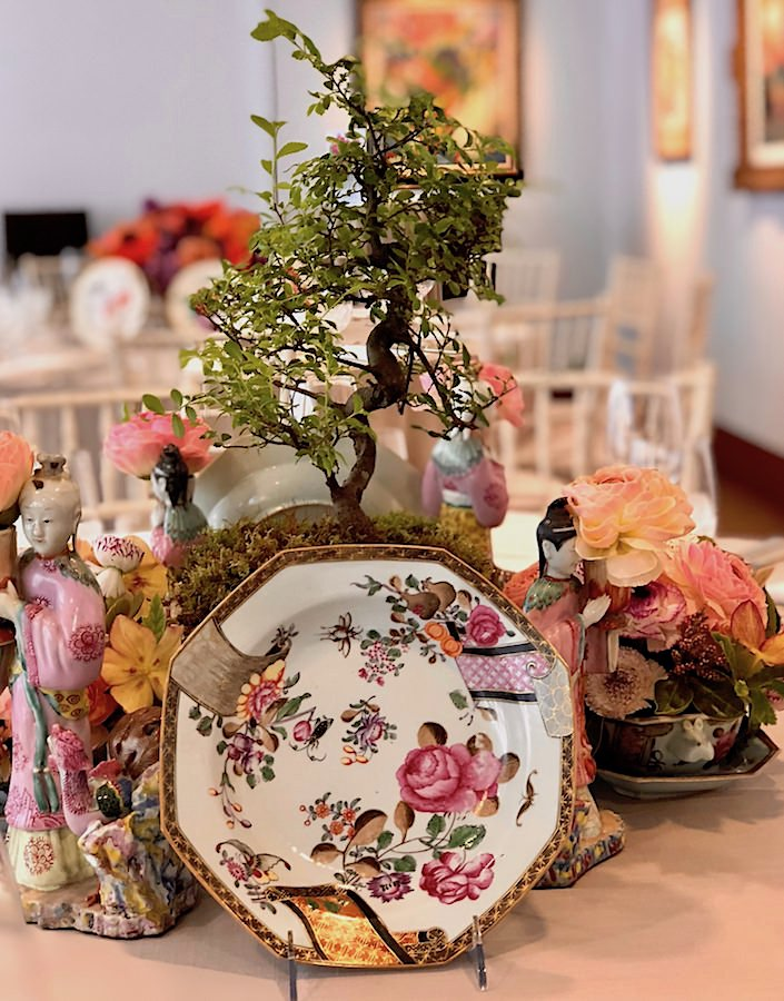 Chinese export tablescape by Kevin Sharkey at Martha Stewart Christie's lunch