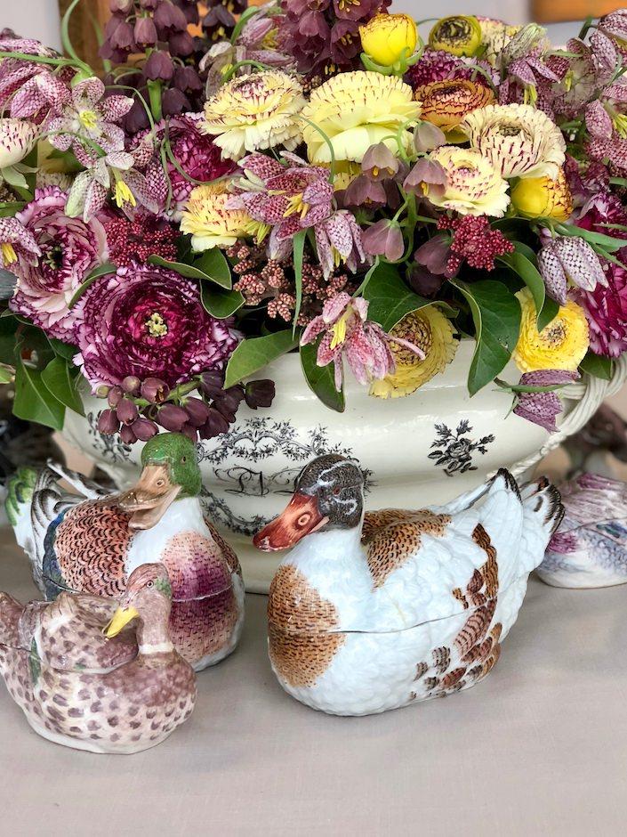 Kevin Sharkey floral arrangement in Leeds tureen at Martha Stewart Christie's lunch
