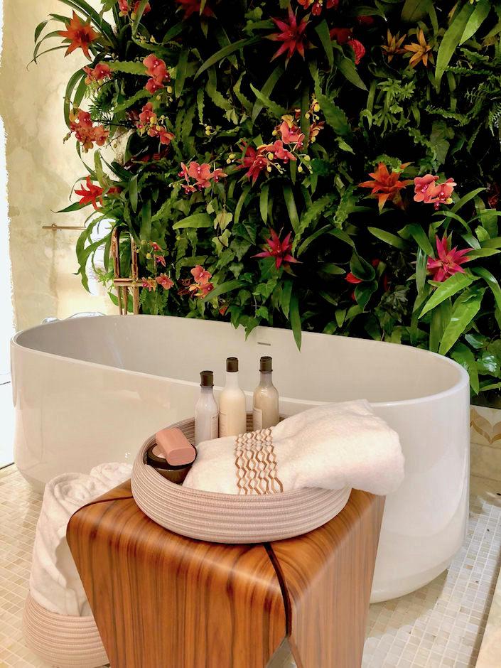 Marcia Tucker master bath 2018 Kips Bay