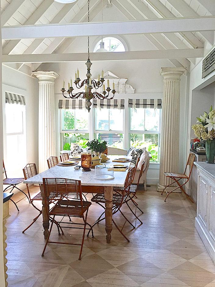 Nantucket-house-kitchen-via Quintessence