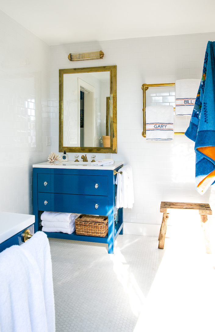 Gary McBournie Nantucket bathroom