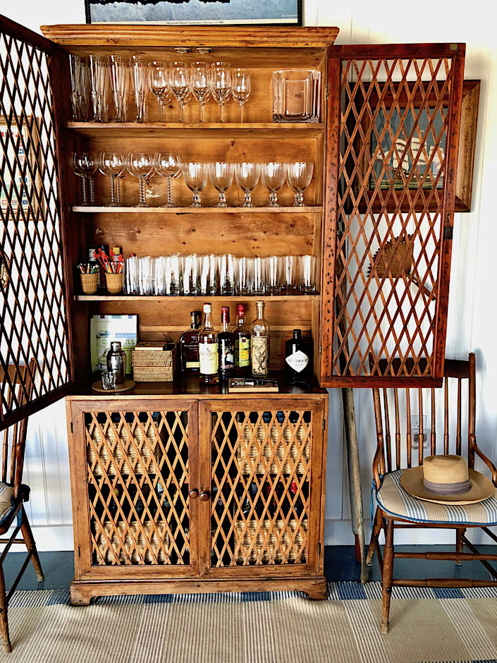 Nantucket boathouse cabinet bar