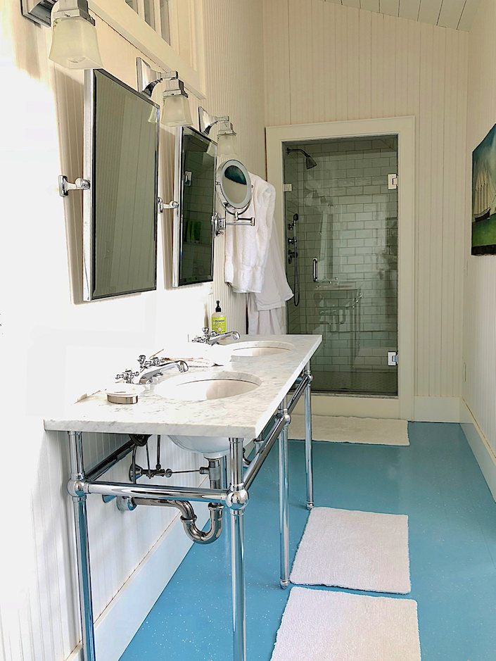 Nantucket guest house master bath