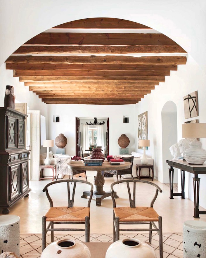 Sitting room at house on Mallorca, designed by Ramón García Jurado, photo by Montse Garriga Grau for House & Garden UK 1