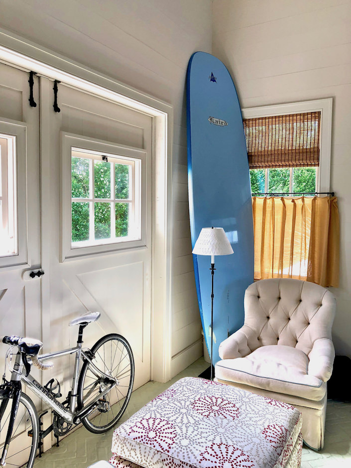 Nantucket family room barn doors