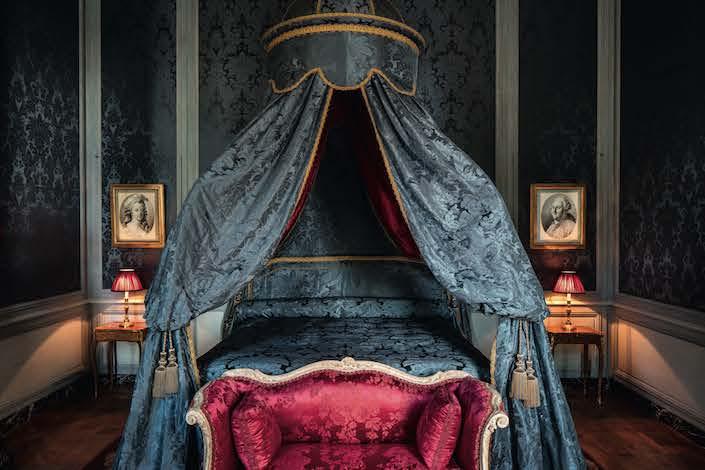 Bedroom in Chateau de Villette